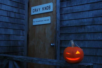 Winking Jack stands guard at Gray Knob Cabin. No crampons. Thanks.